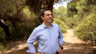 Στο Πάρκο Σχινιά ο Τσίπρας: Να προστατεύσουμε το περιβάλλον Βέλη κατά κυβέρνησης: Θέλει να ιδιωτικοποιήσει το νερό @atsipras