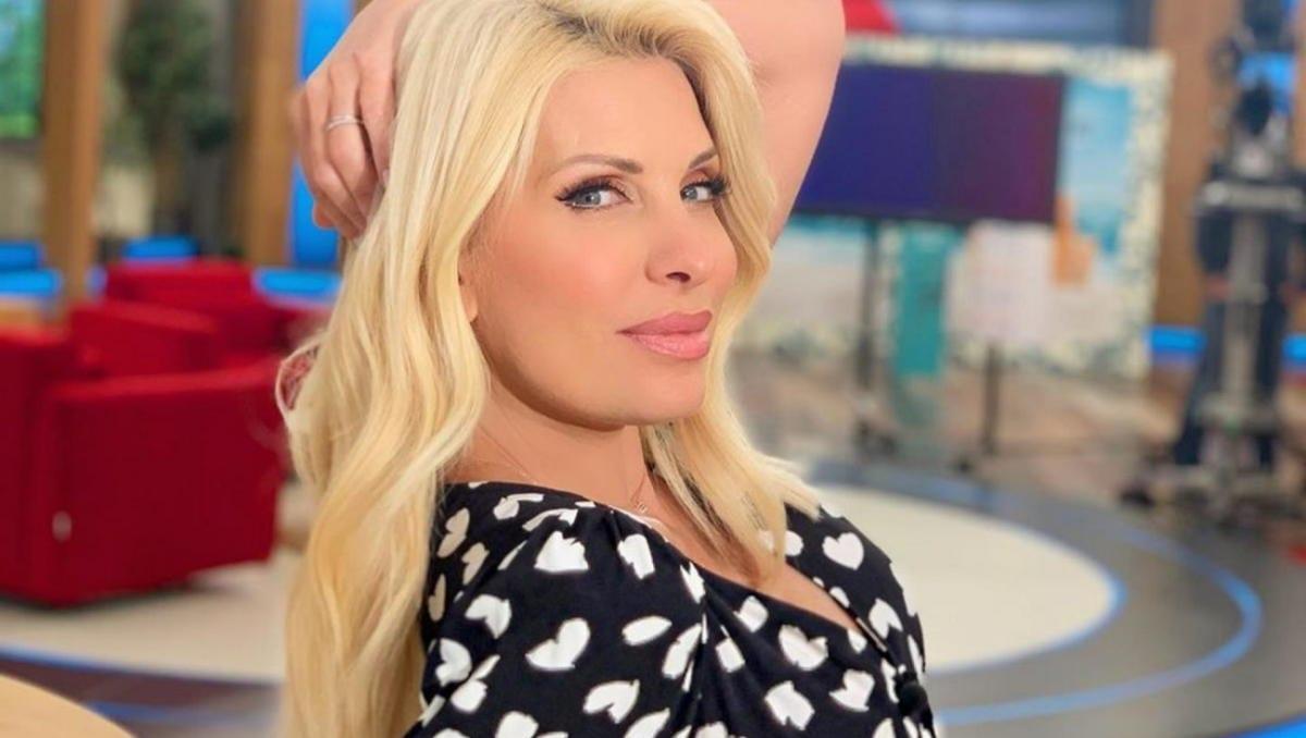 Η Ελένη Μενεγακη έγινε 51