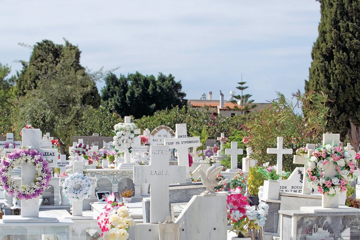 Αποκάλυψη: Οι νεκροί από Κορωνοϊο θα παραμένουν θαμμένοι υποχρεωτικά 10 χρόνια σε σφραγισμένο φέρετρο με ειδικό διπλό νάιλον
