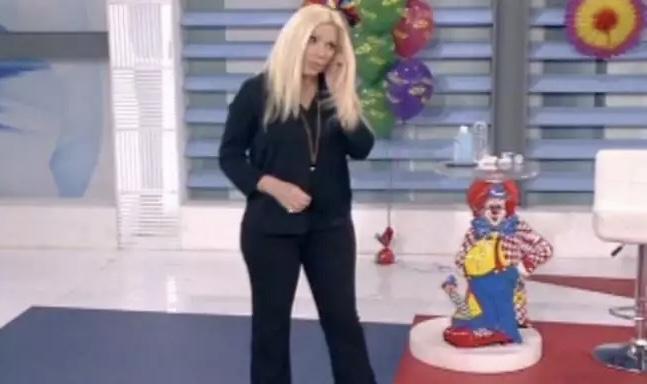 Ο Κορωνοϊος χτύπησε την εκπομπή της Αννίτας Πάνια – Πανικος στο στούντιο – Κόπηκε στον αέρα η εκπομπή #annitakoita
