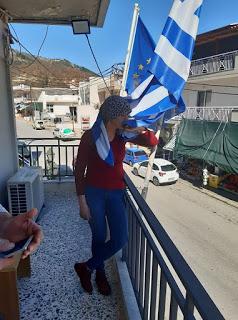 Η πομακα Αϊσέ ξεφτιλίζει τον τουρκο υφυπουργό στη Θρακη: Να μην ξανάρθεις Εξω οι τούρκοι από την Θράκη Εδώ είναι Ελλάδα